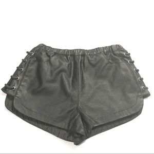 Forever 21 faux leather shorts Sz Xs